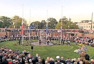 Airborne monument Bear Pitt Arnhem