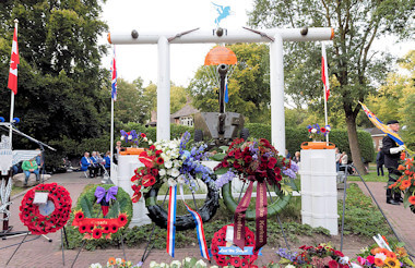 Airborne monument Heelsum